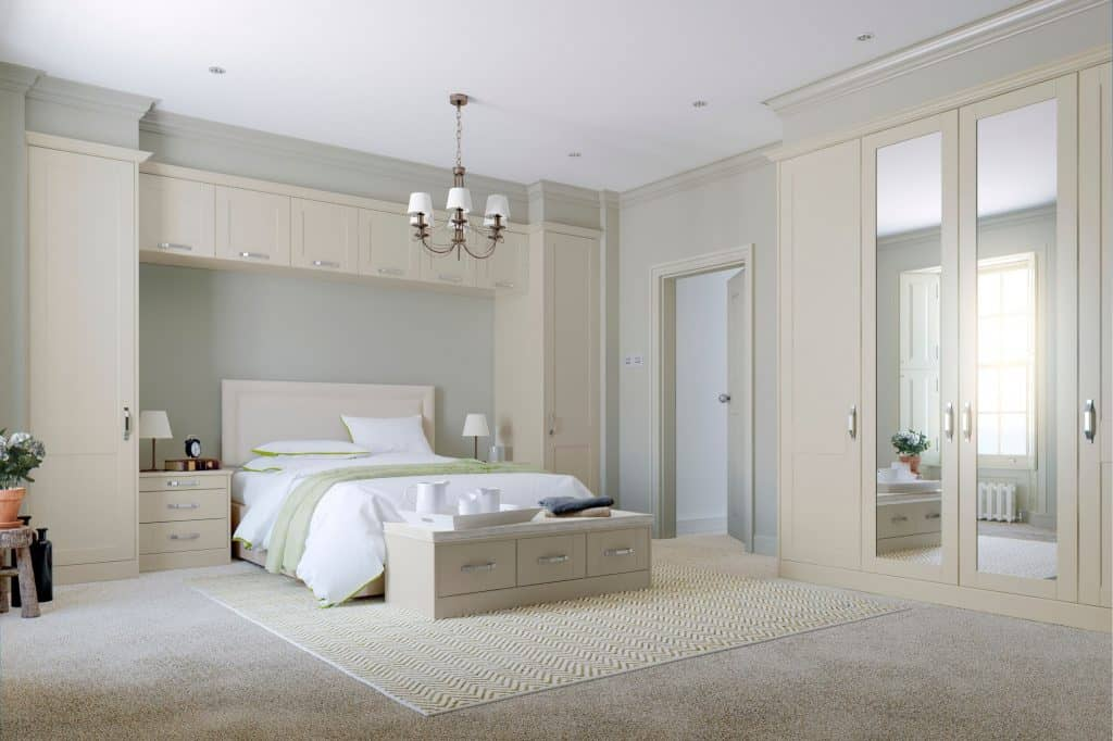 Large Classic Bedroom