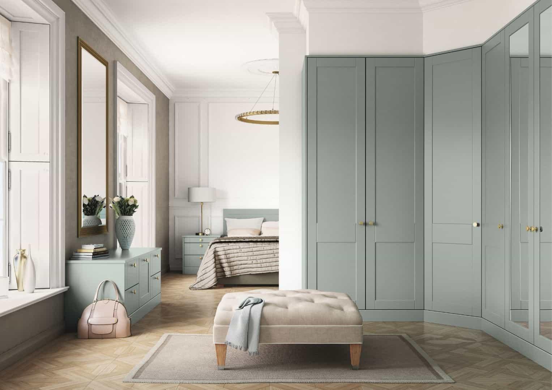 Light_finish_bedroom
