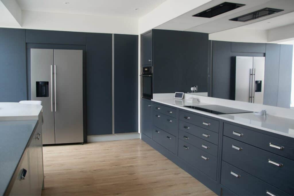 Kitchen With Large Mirror